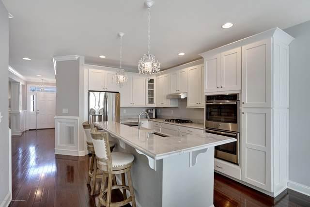 25 Carriage Gate Drive, Little Silver, NJ 07739 (MLS #22006867) :: The Dekanski Home Selling Team