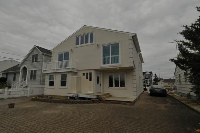 1640 W West End Drive, Point Pleasant, NJ 08742 (MLS #22006983) :: The Dekanski Home Selling Team