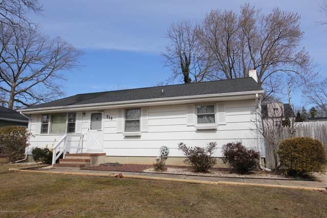 515 Woodmere Avenue, Neptune Township, NJ 07753 (MLS #22007004) :: The Sikora Group