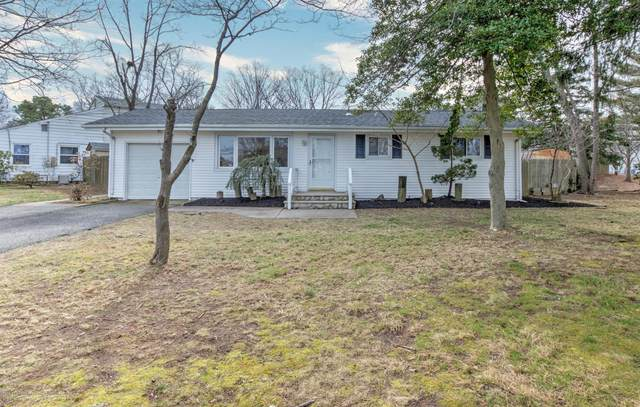 1083 Overlook Drive, Toms River, NJ 08753 (MLS #22007179) :: Vendrell Home Selling Team