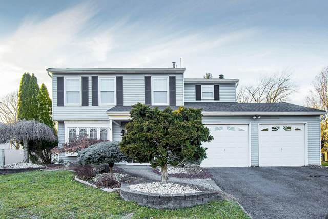 51 Markwood Drive, Howell, NJ 07731 (MLS #22007294) :: The MEEHAN Group of RE/MAX New Beginnings Realty