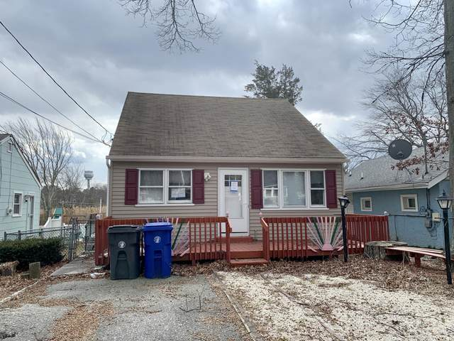 106 Elizabeth Avenue, Toms River, NJ 08753 (MLS #22008115) :: William Hagan Group
