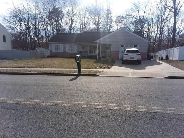 15 Ravenwood Boulevard, Barnegat, NJ 08005 (MLS #22008552) :: William Hagan Group