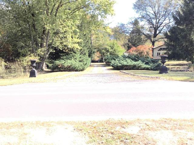 283 Friendship Road, Howell, NJ 07731 (MLS #22008966) :: The Sikora Group