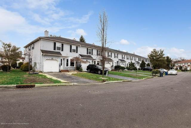 8 Carriage Lane, Englishtown, NJ 07726 (MLS #22009165) :: William Hagan Group