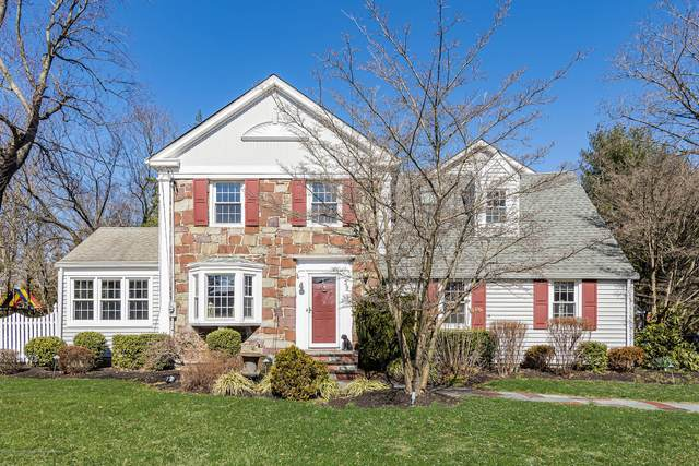 39 Corn Lane, Shrewsbury Boro, NJ 07702 (MLS #22009234) :: William Hagan Group