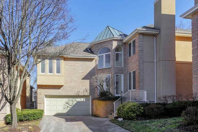 62 Rancho Mirage Court, Holmdel, NJ 07733 (MLS #22009377) :: The Sikora Group