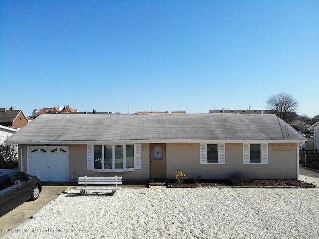 829 Bowline Drive, Forked River, NJ 08731 (MLS #22009629) :: William Hagan Group