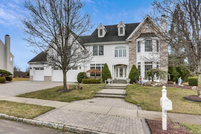 16 Cornwallis Court, Manalapan, NJ 07726 (MLS #22009637) :: Caitlyn Mulligan with RE/MAX Revolution