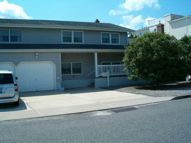 328 W 16th Street, Ship Bottom, NJ 08008 (MLS #22009639) :: The MEEHAN Group of RE/MAX New Beginnings Realty
