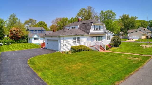 47 Seneca Place, Oceanport, NJ 07757 (MLS #22009854) :: Vendrell Home Selling Team
