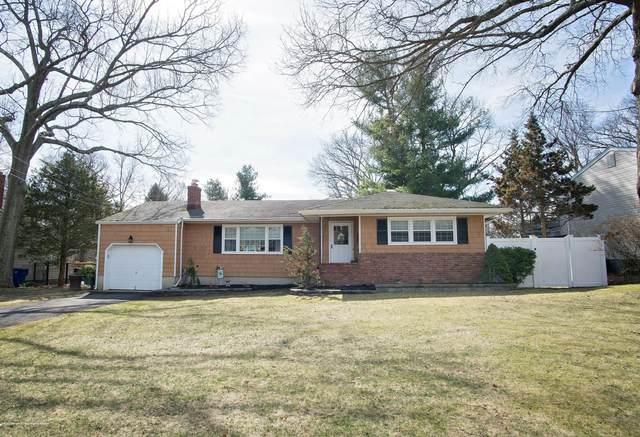 843 Royal Lane, Toms River, NJ 08753 (MLS #22010145) :: The Dekanski Home Selling Team