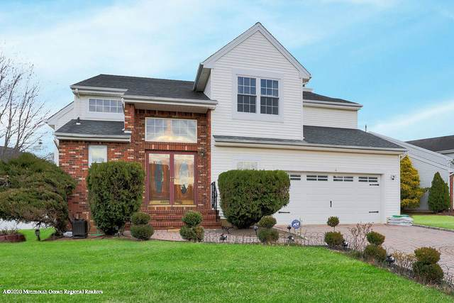 4 Woodmere Court, Old Bridge, NJ 08857 (MLS #22010155) :: The MEEHAN Group of RE/MAX New Beginnings Realty