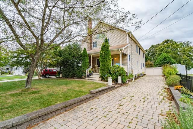 130 Seward Avenue, Toms River, NJ 08753 (MLS #22010233) :: The Dekanski Home Selling Team