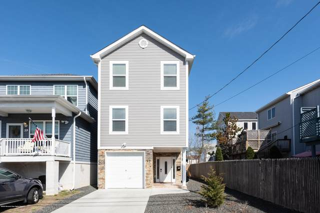 37 Oak Street, Keansburg, NJ 07734 (MLS #22010733) :: William Hagan Group
