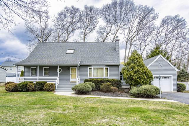 682 Longview Drive, Toms River, NJ 08753 (MLS #22010807) :: The Dekanski Home Selling Team