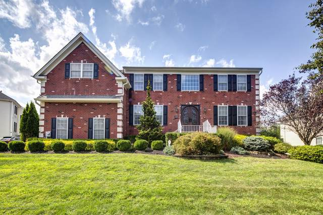 330 Provincial Drive, Morganville, NJ 07751 (MLS #22011133) :: William Hagan Group