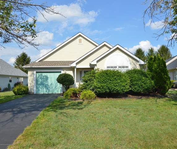 2472 Spring Hill Drive, Toms River, NJ 08755 (MLS #22011275) :: The Dekanski Home Selling Team