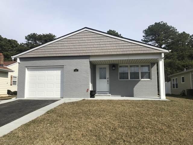 147 Cabrillo Boulevard, Toms River, NJ 08757 (MLS #22011494) :: William Hagan Group