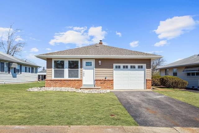 14 Frederiksted Street, Toms River, NJ 08757 (MLS #22011509) :: The Dekanski Home Selling Team