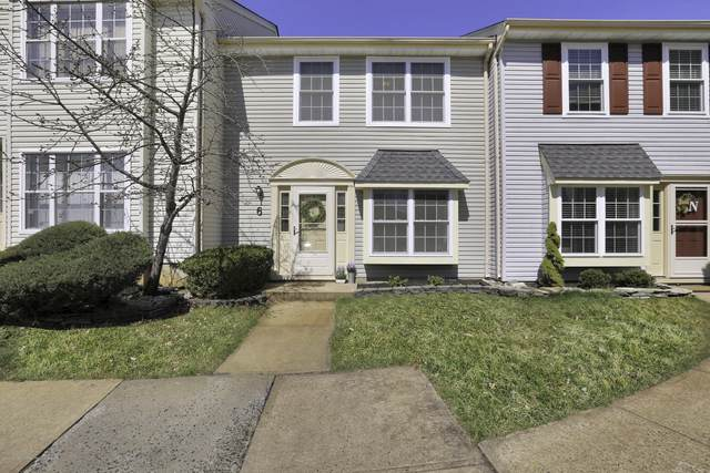 52 Aberdare Court #6, Freehold, NJ 07728 (MLS #22011545) :: Vendrell Home Selling Team