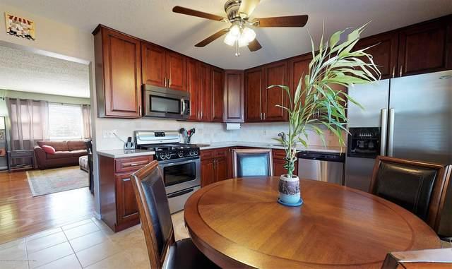 43 Kitty Court, Brick, NJ 08724 (MLS #22011941) :: Vendrell Home Selling Team