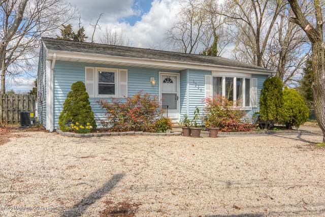 1226 Tyler Drive, Toms River, NJ 08753 (#22012061) :: Daunno Realty Services, LLC