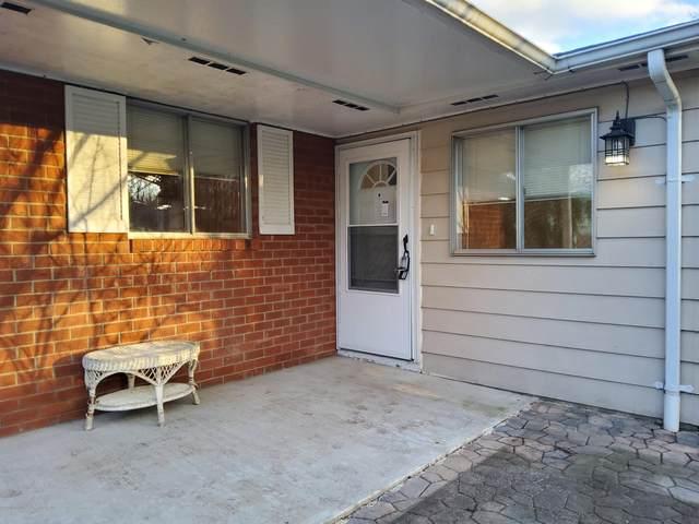 13 Dove Street D, Manchester, NJ 08759 (MLS #22012082) :: Vendrell Home Selling Team