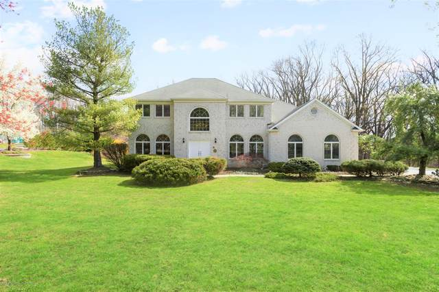 23 Oakcrest Court, Holmdel, NJ 07733 (MLS #22012089) :: Vendrell Home Selling Team