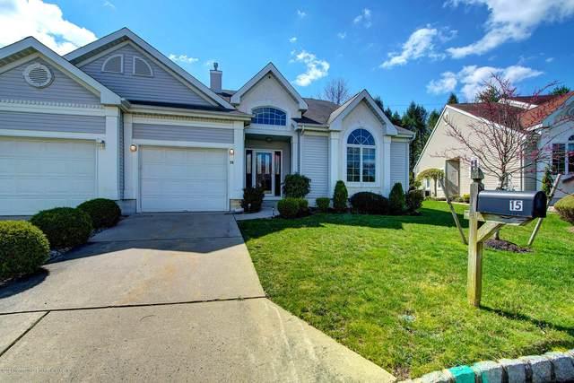 15 Wellington Place, Monroe, NJ 08831 (MLS #22012153) :: Vendrell Home Selling Team