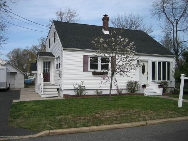 32 Warren Place, North Middletown, NJ 07748 (MLS #22012169) :: The Dekanski Home Selling Team