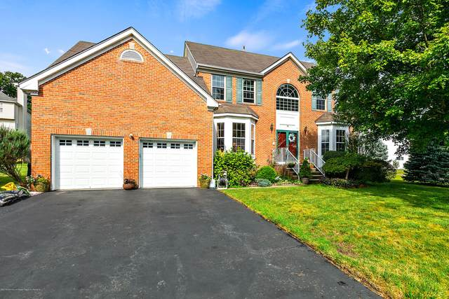 14 Rotunda Lane, South River, NJ 08882 (MLS #22012214) :: Vendrell Home Selling Team