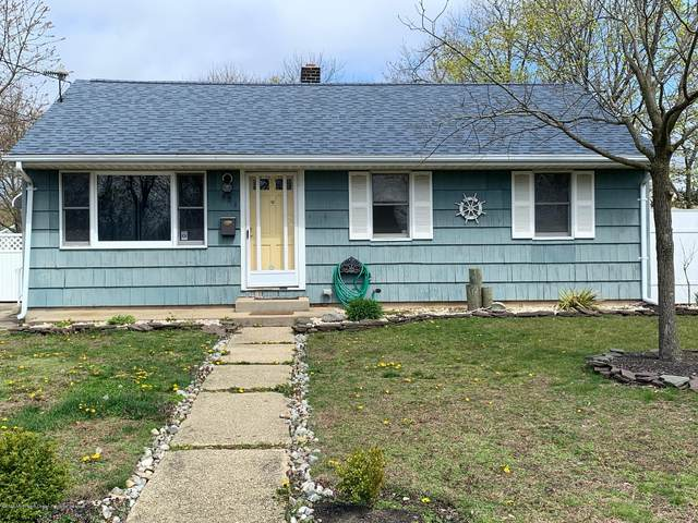 428 Lafayette Avenue, Toms River, NJ 08753 (MLS #22012245) :: The MEEHAN Group of RE/MAX New Beginnings Realty