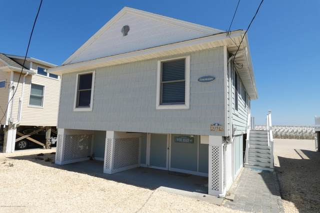 3252 Seaview Road, Lavallette, NJ 08735 (MLS #22013867) :: The MEEHAN Group of RE/MAX New Beginnings Realty