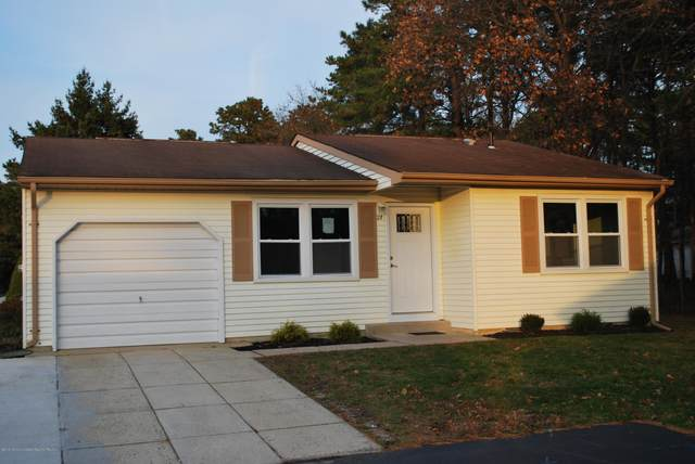 27 Hartford Road #73, Whiting, NJ 08759 (MLS #22014330) :: The Premier Group NJ @ Re/Max Central