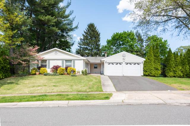 60 Irongate Lane, Aberdeen, NJ 07747 (MLS #22014420) :: The MEEHAN Group of RE/MAX New Beginnings Realty