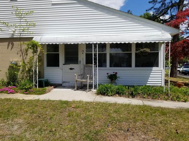 13 Valley Stream Drive A, Whiting, NJ 08759 (MLS #22014471) :: The Premier Group NJ @ Re/Max Central