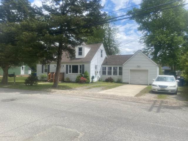 137 Pacific Avenue, Beachwood, NJ 08722 (MLS #22014715) :: The CG Group | RE/MAX Real Estate, LTD