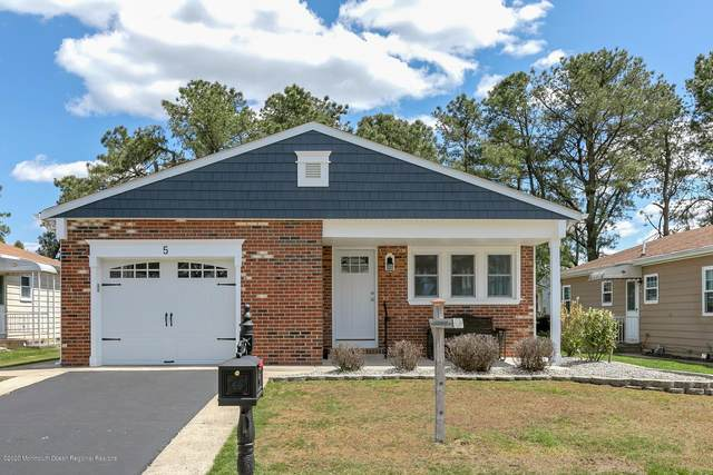 5 Elmswell Court, Toms River, NJ 08757 (MLS #22015607) :: The Premier Group NJ @ Re/Max Central