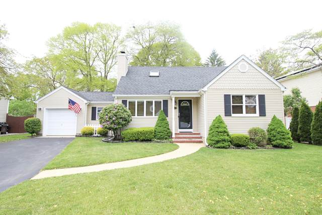 17 Eastham Lane, Point Pleasant, NJ 08742 (MLS #22015638) :: The MEEHAN Group of RE/MAX New Beginnings Realty