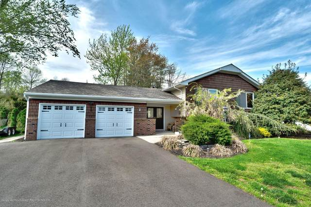 2 Sussex Place, Manalapan, NJ 07726 (MLS #22015806) :: The Premier Group NJ @ Re/Max Central