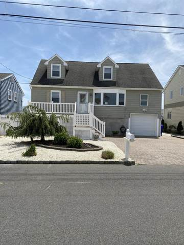 55 E Lagoona Drive, Brick, NJ 08723 (MLS #22015813) :: The MEEHAN Group of RE/MAX New Beginnings Realty