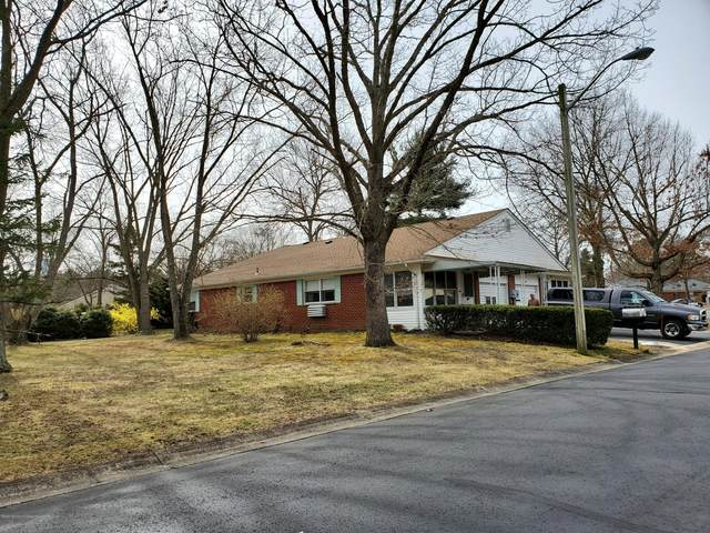 5 Snowberry Lane A, Whiting, NJ 08759 (MLS #22015848) :: The Premier Group NJ @ Re/Max Central
