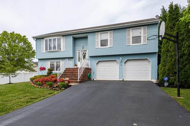 23 Erin Lane, Old Bridge, NJ 08857 (MLS #22016115) :: The Premier Group NJ @ Re/Max Central