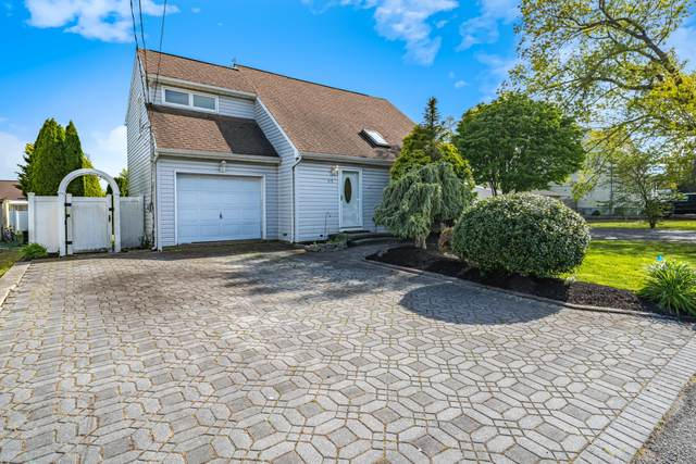 915 Beach Boulevard, Forked River, NJ 08731 (MLS #22016328) :: The MEEHAN Group of RE/MAX New Beginnings Realty