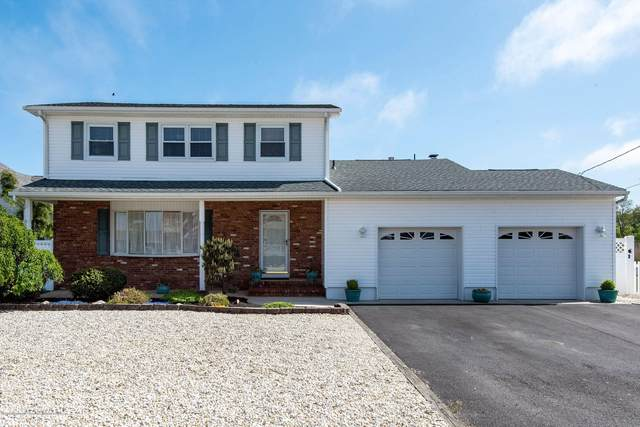 9 Tobago Avenue, Toms River, NJ 08753 (MLS #22016386) :: The MEEHAN Group of RE/MAX New Beginnings Realty