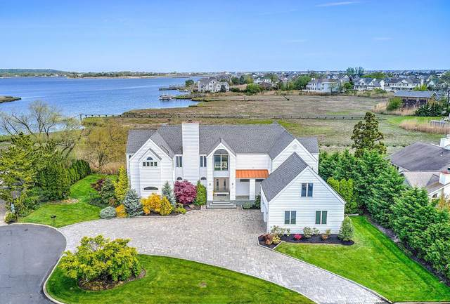 17 Spaulding Place, Monmouth Beach, NJ 07750 (MLS #22016408) :: The Sikora Group