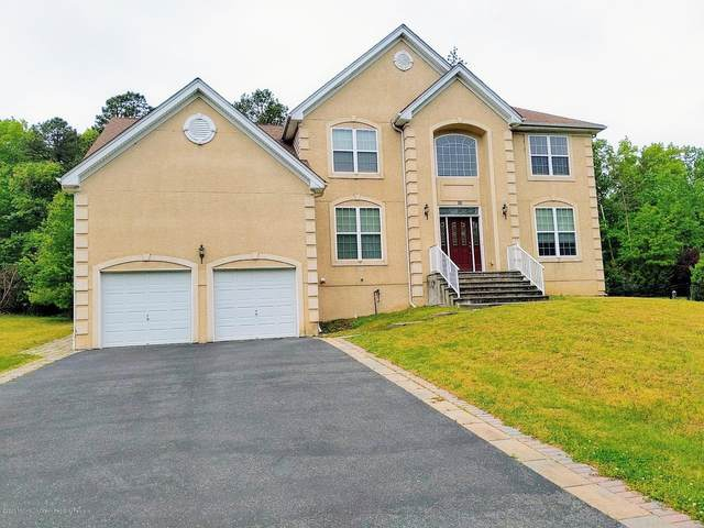 16 Connor Drive, Manalapan, NJ 07726 (MLS #22016421) :: The MEEHAN Group of RE/MAX New Beginnings Realty