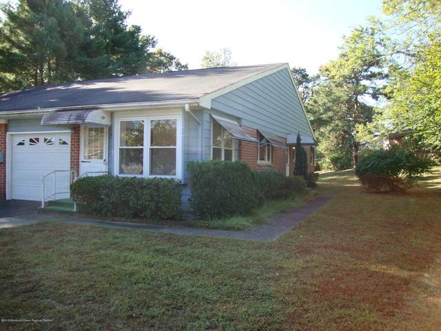 4 B Raleigh Drive, Whiting, NJ 08759 (MLS #22016806) :: The Premier Group NJ @ Re/Max Central