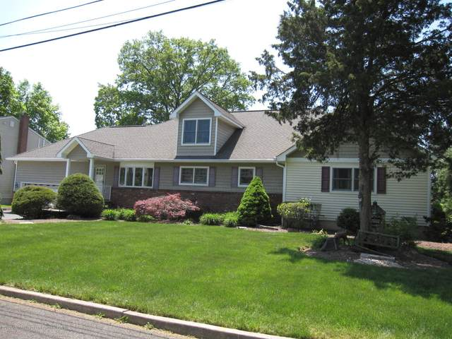 760 Darmody Avenue, North Brunswick, NJ 08902 (MLS #22016898) :: The MEEHAN Group of RE/MAX New Beginnings Realty